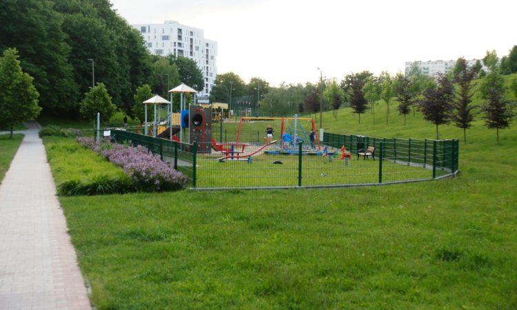 Plac zabaw w wąwozie na Kalinowszczyźnie